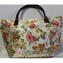 Bag with floral design